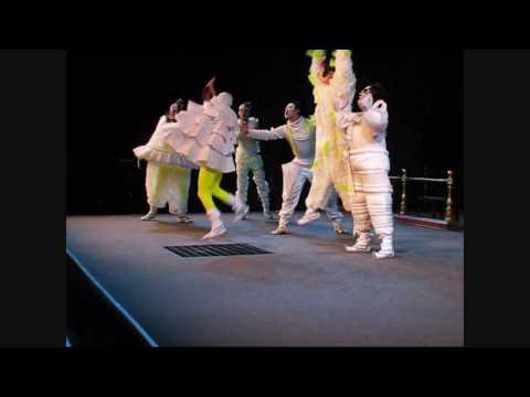 Theatre photography (no flash or tripod) for Ed Fest (Chinese theatre Edinburgh fringe)