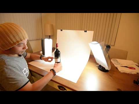 How to set up a DIY desktop product photography table