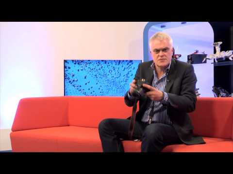 Canon 100D DSLR Camera reviewed by Jon Bentley from The Gadget Show