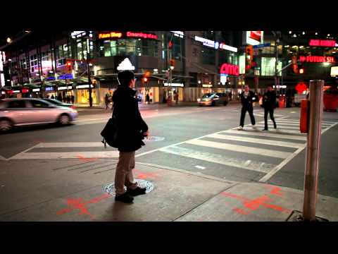 Flash Street Photography in Toronto (Dundas Square) with a Leica M9
