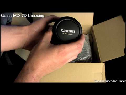 Canon EOS 7D DSLR Camera Unboxing